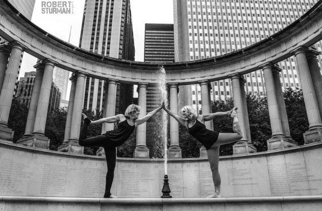 18-photos-incroyables-de-yoga-dans-la-ville-13
