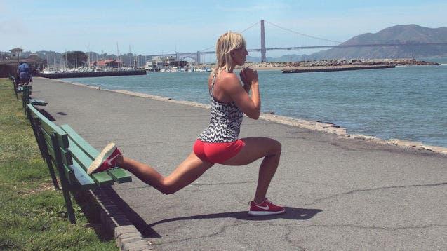 5-exercices-de-squat-pour-avoir-de-belles-jambes3