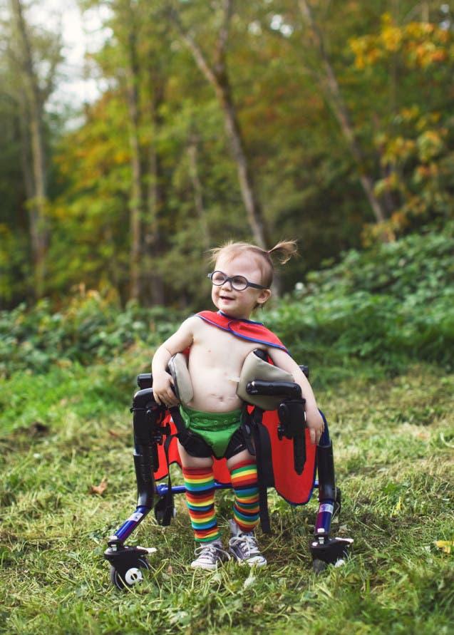des-photos-inspirantes-denfants-a-besoins-particuliers-deguises-en-superheros-5